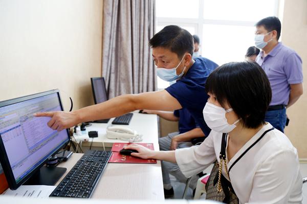 湖北省皮肤医疗质量控制中心专家